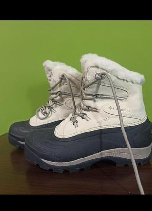 Зимние термоботинки columbia snow lacky
