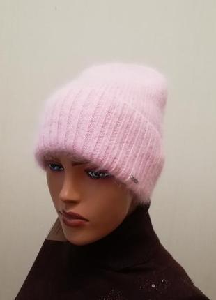 Стильная шапка ангора пудра 56-58