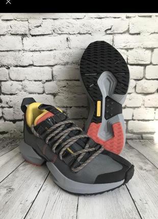 Крутые кроссовки reebok размер 37{24см}