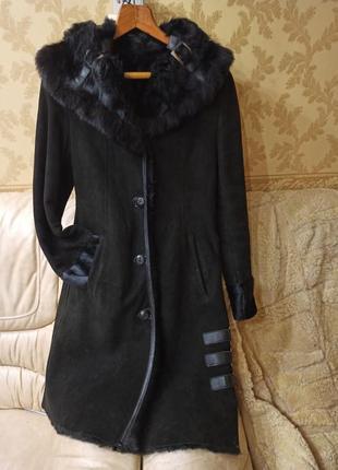 Дубленка натуральная, пальто