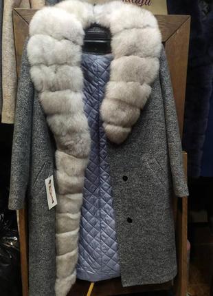Акция шикарное пальто с мехом финского песца