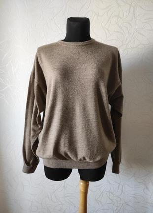 Шерстяной свитер большого размера