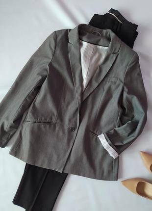 Серый длинный приталенный пиджак f&f р.14
