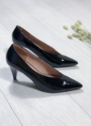 Туфли лодочки тренд лаковые натуральная кожа