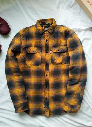 Обьемная теплая рубашка куртка на подкладке в клетку
