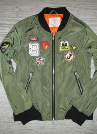 Клевая курточка-бомберка фирмы янг дименшион на 9-10 лет