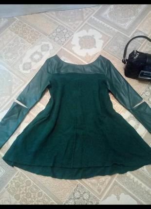 Платье фирменное