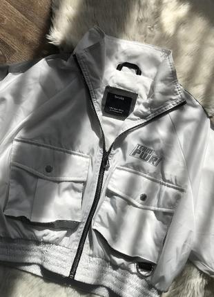 Куртка вітровка bershka бершка оригінал нова світловідбиваюча рефлективна s m