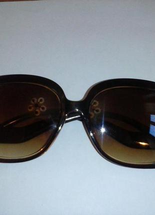 Cтильные очки а-ля франсе