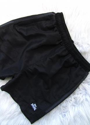 Спортивные  шорты плавки lonsdale