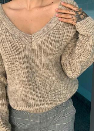 Стильные женские свитера оверсайз мыс разные цвета