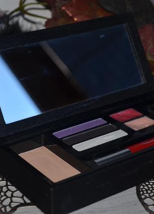 Фирменный набор для макияжа палетка палитра chic&glam от clarins оригинал