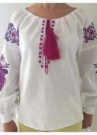 Вишиванка, вишита рубашка, святковий народний одяг, молодіжна вишиванка.