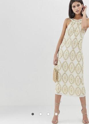 Платье миди с отделкой камнями жемчугом