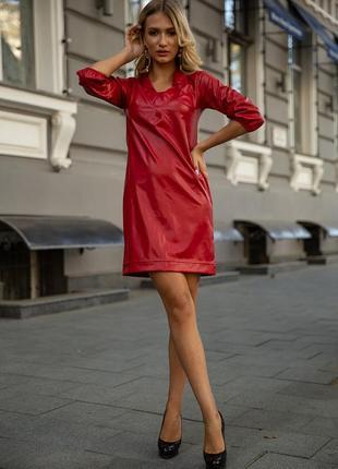 Платье, цвет красный