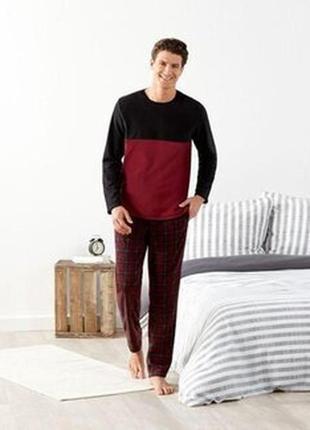 Теплий флісовий костюм для дому або піжама.  європейський розмір л 52/54