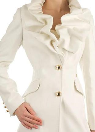 Эко шубка, пальто, шуба, стильное пальто на осень с жабо воротником.