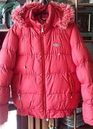 Отличная теплая зимняя куртка с капюшоном на размер 50-52/xl-xxl