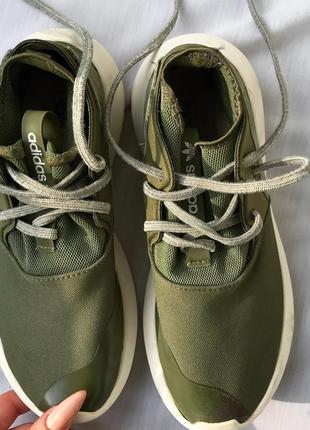 Крутые удобные хаки кроссовки кеды adidas 34,5-35 на маленькую ножку