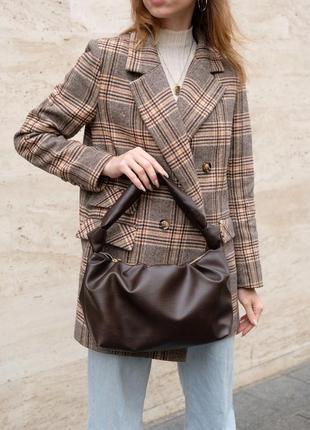 Коричневая женская молодежная сумка на одно плечо 59405