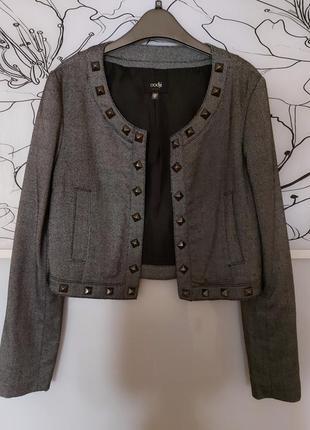 Укороченный стильный пиджак