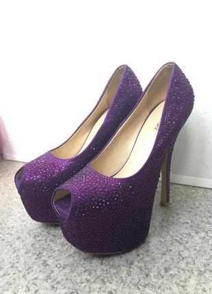 Туфли giuseppe zannotti блестящие в камнях нарядные