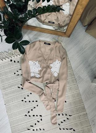 Пудрова блуза на запах від missguided🌿