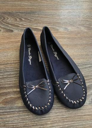Синие эко кожаные туфли балетки мокасины с серебристым бантиком бант от claudia ghizzani