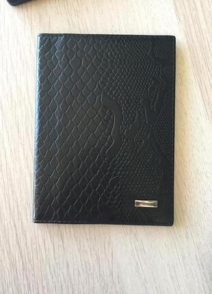 Обложка на паспорт кожаная luciano carvari