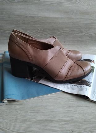 Кожаные туфли ботильоны