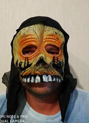 Маска на хэллоуин 4