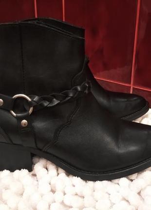 Кожаные ботинки, черевики 36-37р topshop portugal в идеале!!!