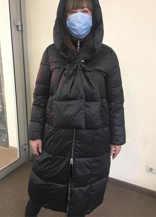 Зимнее пальто с капюшоном и шарфом съемные италия