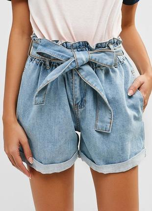 Шорты джинсовые,с высокой посадкой.