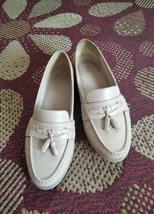 Туфли женские, легкие и комфортные