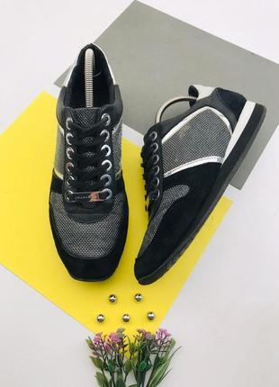 Замшевые кроссовки carvela