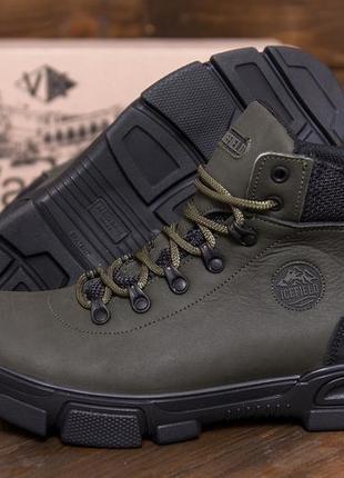 Мужские  зимние кожаные ботинки на натуральном меху ice fields