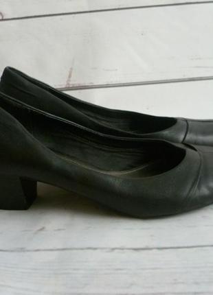 Туфли чёрные clarks