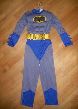 Карнавальный костюм на мальчика бетмен на 7-8 лет.