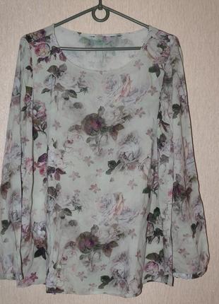 Блузка очень живописная,нежная,вискозная