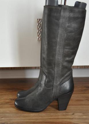 Кожаные сапоги bata / шкіряні чоботи