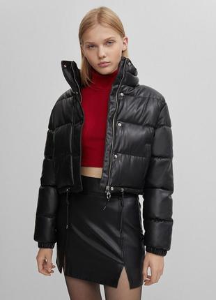 Новая куртка bershka из искусственной кожи