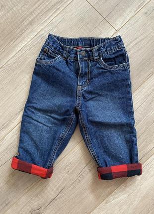 Модные джинсы carters