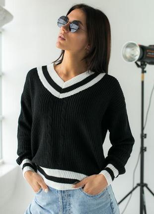 Вязаный пуловер с контрастной отделкой