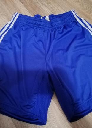 Футбольные шорты adidas clima365 chelsea. размер l.