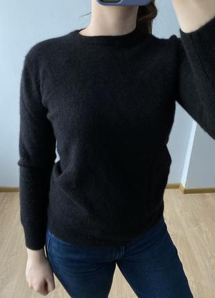 Шерстяний светр 70 %, кашемір 30 % ēdēis (s-m)