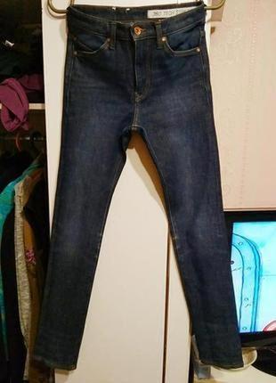 Плотные стрейчевые джинсы h&m s ка
