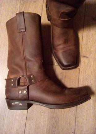 Стильні, чудові, надійні байкерські / ковбойські шкіряні чоботи   сша /sendra/