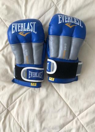 Перчатки для бокса 🥊