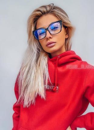Стильные женские очки для имиджа и работы за компьютером